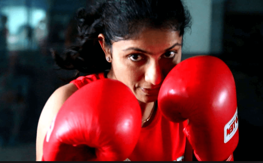 Best Boxing Gloves For Women In 2021 – Reviews & Buyer's Guide